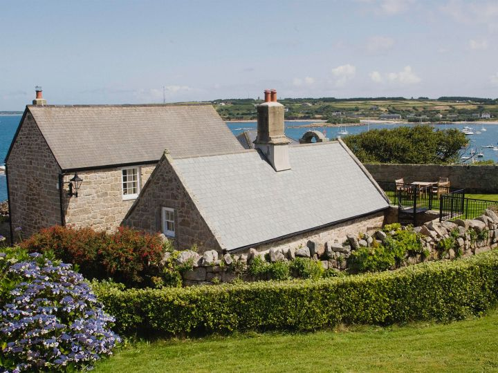 Dog Friendly Holidays Scilly Isles